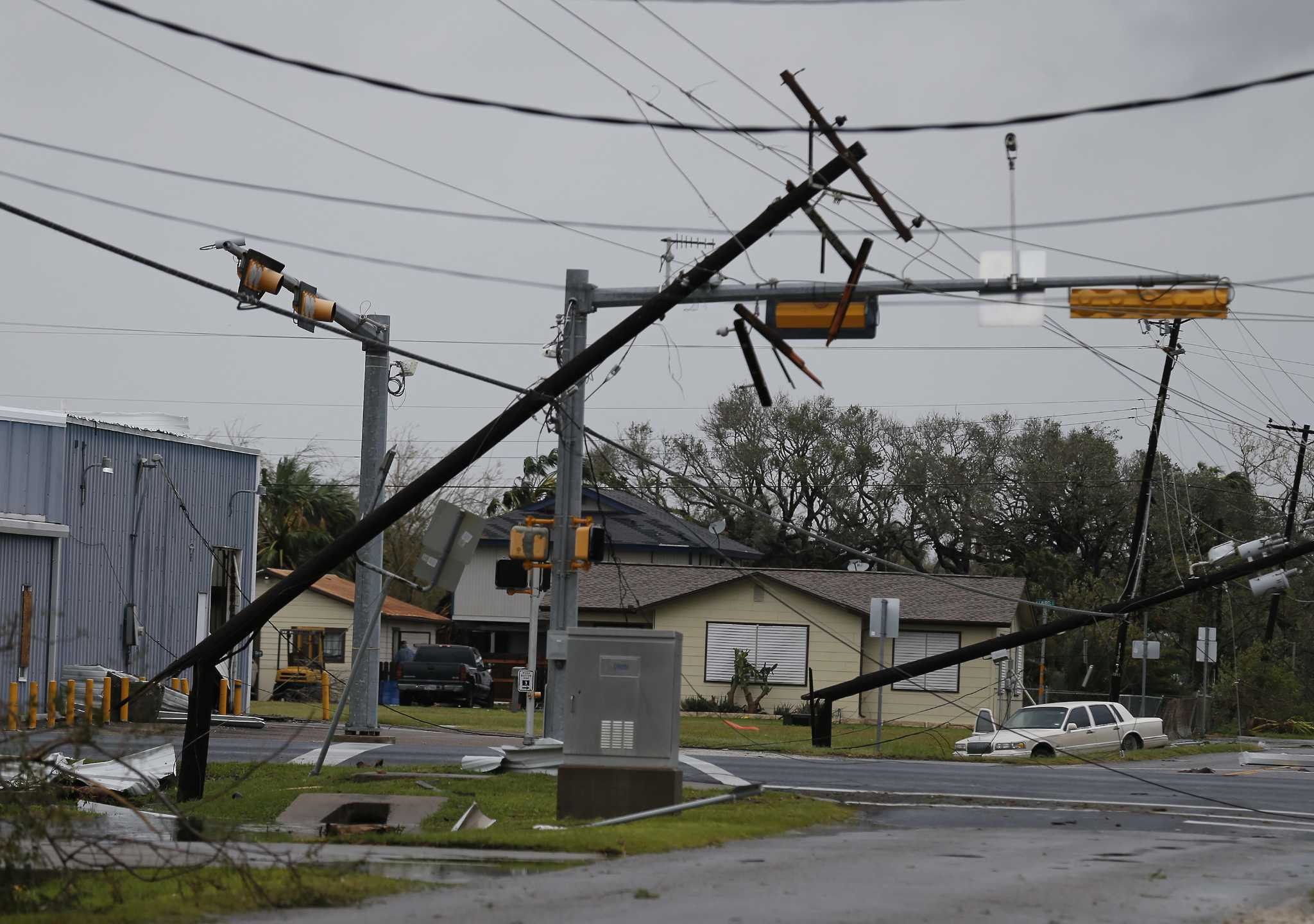 Should we bury our power lines? - HoustonChronicle.com