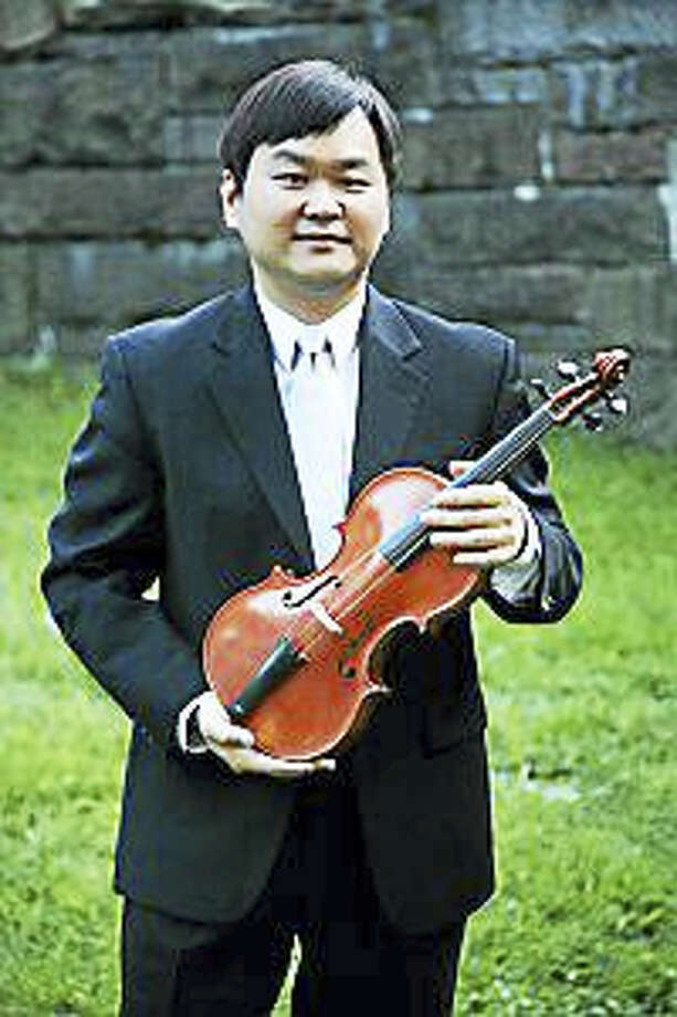 "Daniel Lee and a chamber ensemble of musicians will present ""Music for a Joyous Season"" in Collinsville on Dec. 11. Photo: Contributed Photo"
