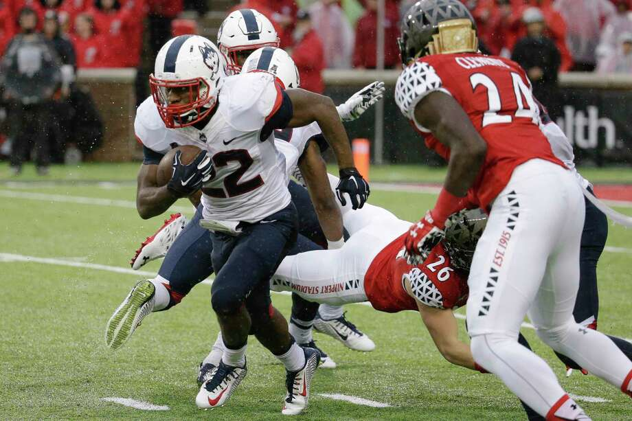UConn running back Arkeel Newsome ranked second nationally with 996 all-purpose yards in October. Photo: The Associated Press File Photo  / AP