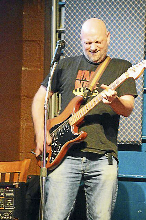 Photo by Domenic ForcellaPetey Hop is the guest guitarist at CTBS Sunday Jam. Photo: Digital First Media