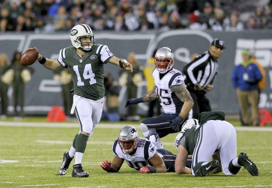 New York Jets quarterback Ryan Fitzpatrick. Photo: Bill Kostroun — The Associated Press  / FR51951 AP