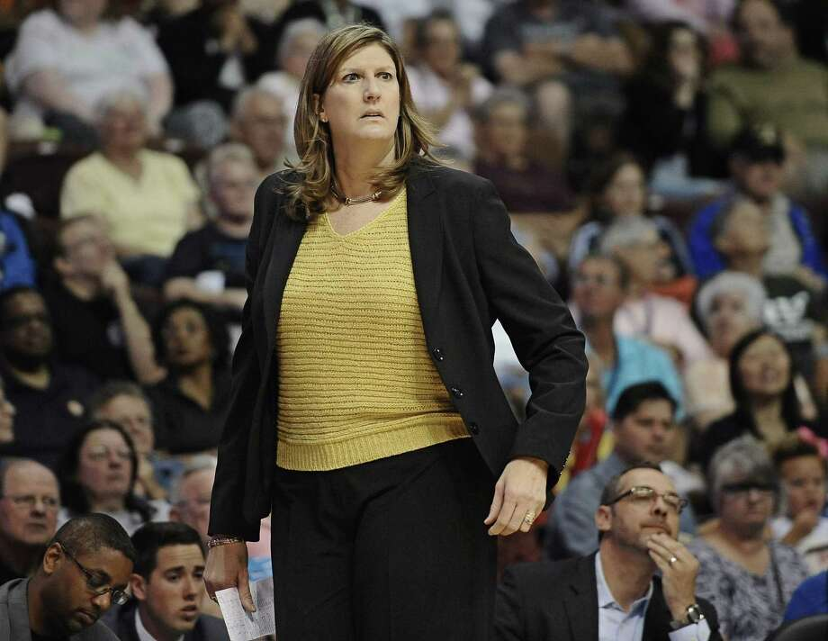 Connecticut Sun head coach Anne Donovan watches during the second half of Saturday's loss to the New York Liberty in Uncasville. Photo: Jessica Hill — The Associated Press  / FR125654 AP