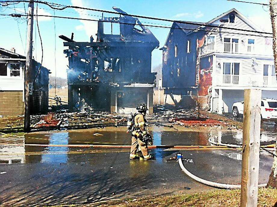 Fire scene on Melba Street in Milford. Photo: Peter Hvizdak — New Haven Register