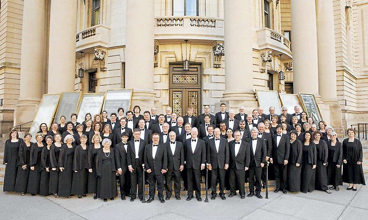 The New Haven Chorale in front of Woolsey Hall.