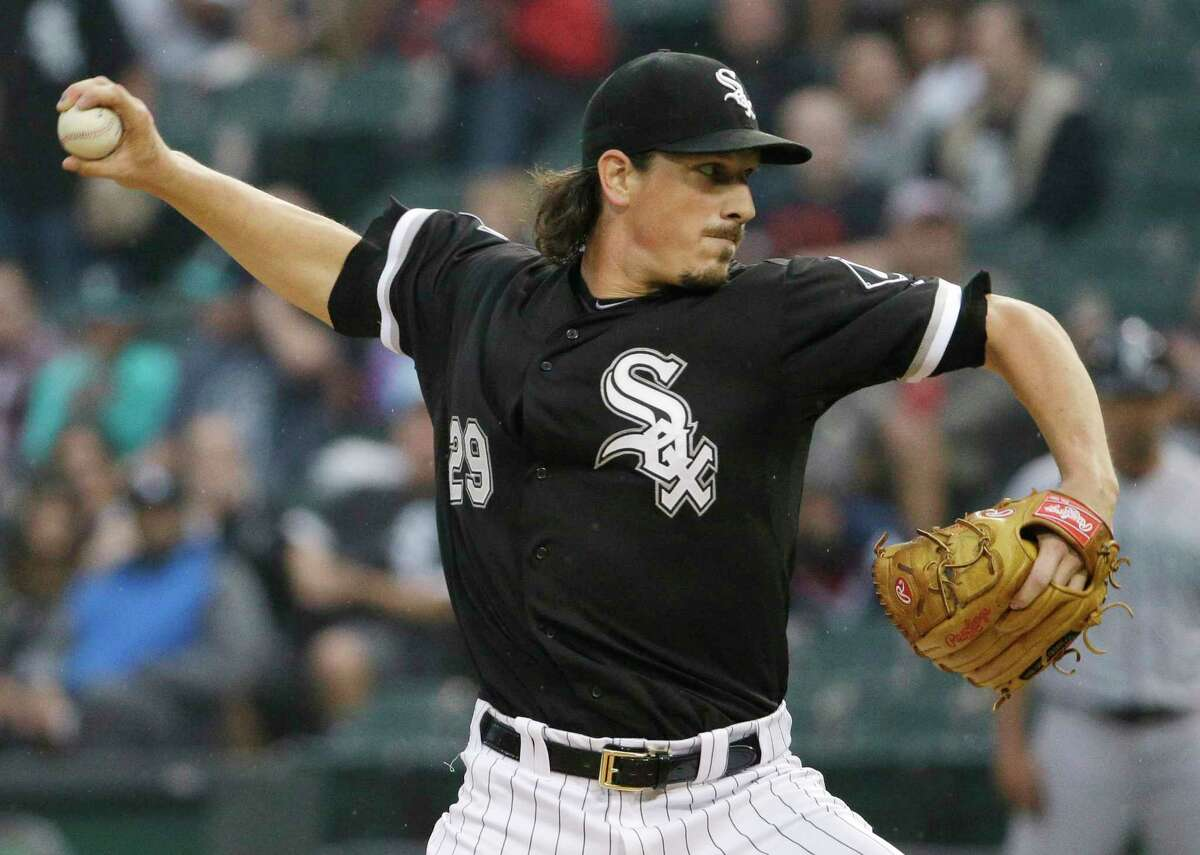 Free-agent pitcher Jeff Samardzija has agreed to a $90 million, five-year contract with the San Francisco Giants.