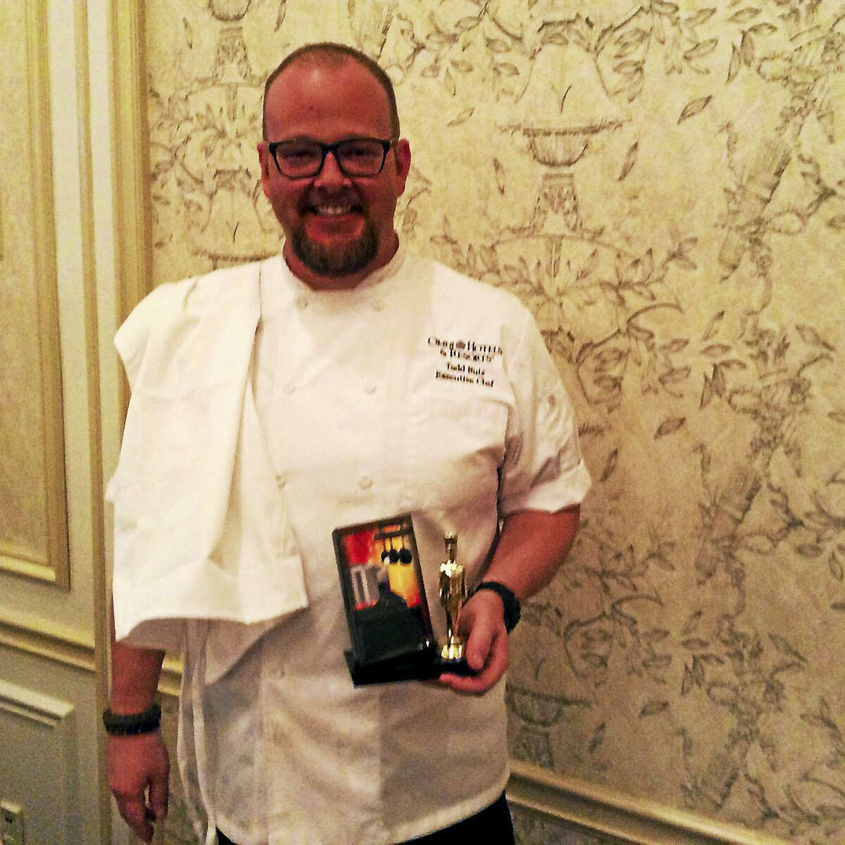 Todd Ruiz, the executive chef at the Omni New Haven Hotel at Yale, won the 2015 Iron Chef Elm City competition.