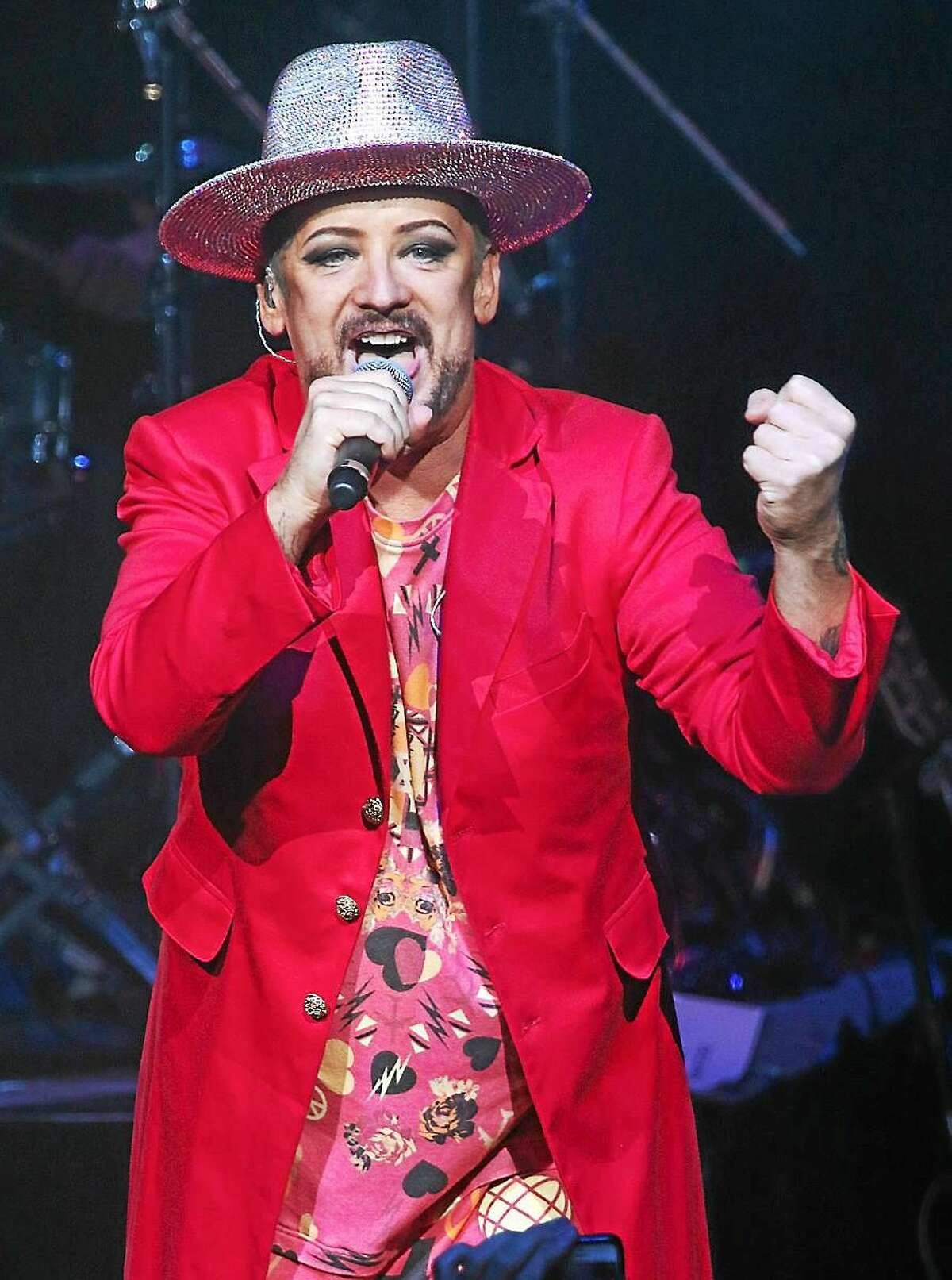 Photo by John Atashian Singer Boy George is shown performing to a capacity crowd of fans during Culture Clubís concert at Foxwoods & Resort Casino on July 31st. To learn more about the exciting line up of upcoming entertainment coming to Foxwoods, visit www.foxwoods.com