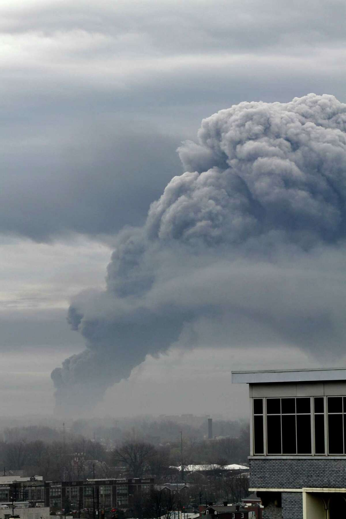 Smoke fills the sky from a fire Friday at General Electric's Appliance Park in Louisville, Ky.