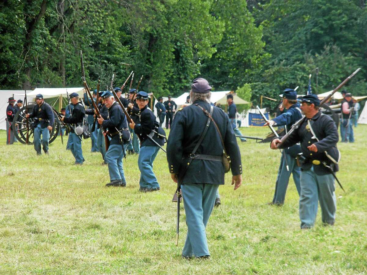 The 2nd Connecticut Volunteer Heavy Artillery and Western Connecticut Convention & Visitors Bureau hosted a Civil War Reenactment at Strong Preserve Park in Woodbury over the weekend.