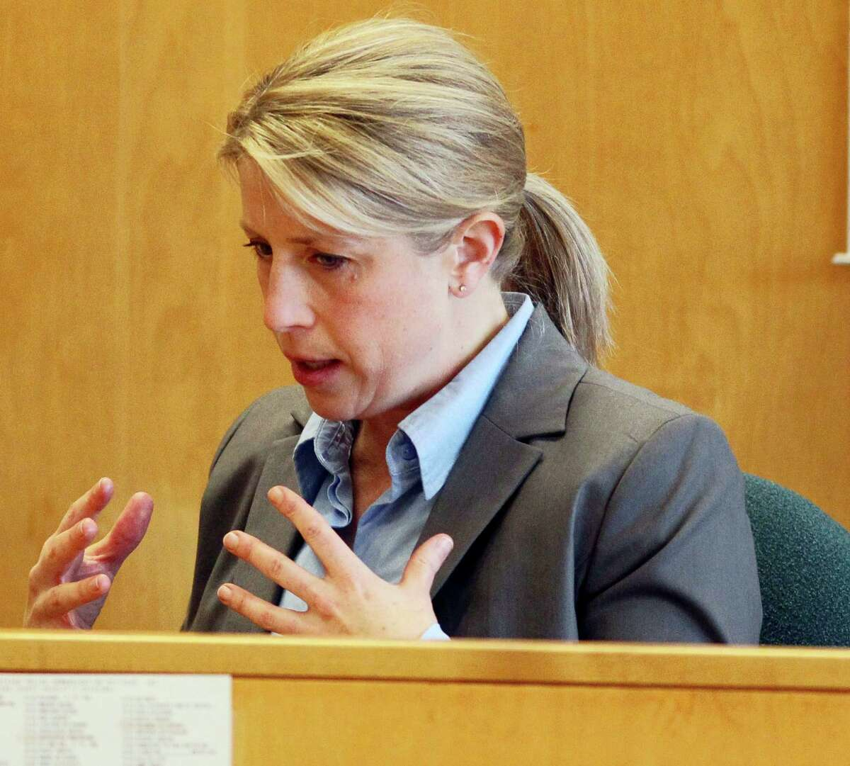 Waukesha Police Detective Michelle Trussoni testifies during a preliminary hearing for two girls accused of stabbing a classmate to please the horror character, Slender Man, Monday, Feb. 16, 2015, at the Waukesha County courthouse in Waukesha, Wis.