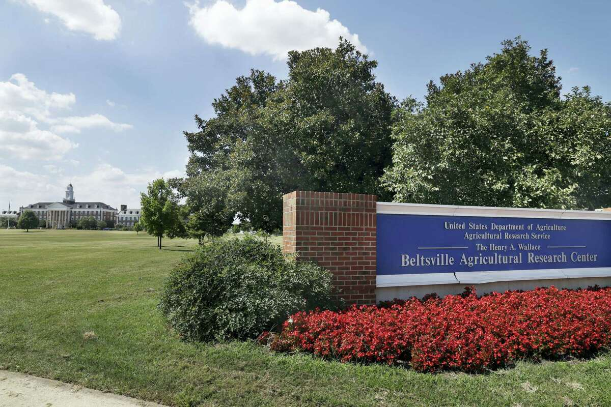 """The Beltsville Agricultural Research Center, the Agriculture Department's research center and library is seen after employees were informed of a threat in the morning and sent home, Tuesday, Aug. 30, 2016. The Agriculture Department closed offices in five states after receiving anonymous threats. USDA spokesman Matthew Herrick said the department had received """"several anonymous messages"""" that raised concerns about the safety of USDA personnel and facilities."""