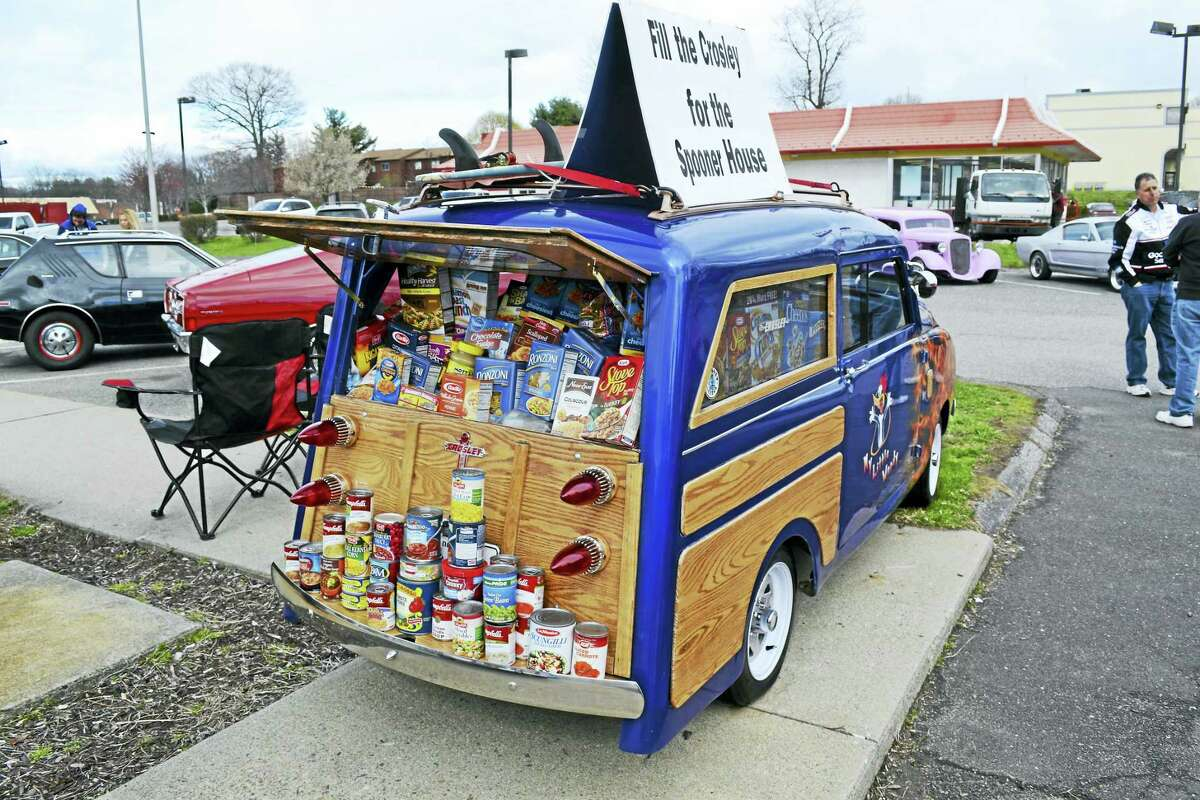 The Crosley filled with food last year.