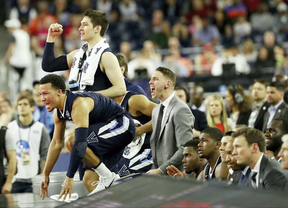 The Villanova bench reacts during the second half of their win over Oklahoma on Saturday.