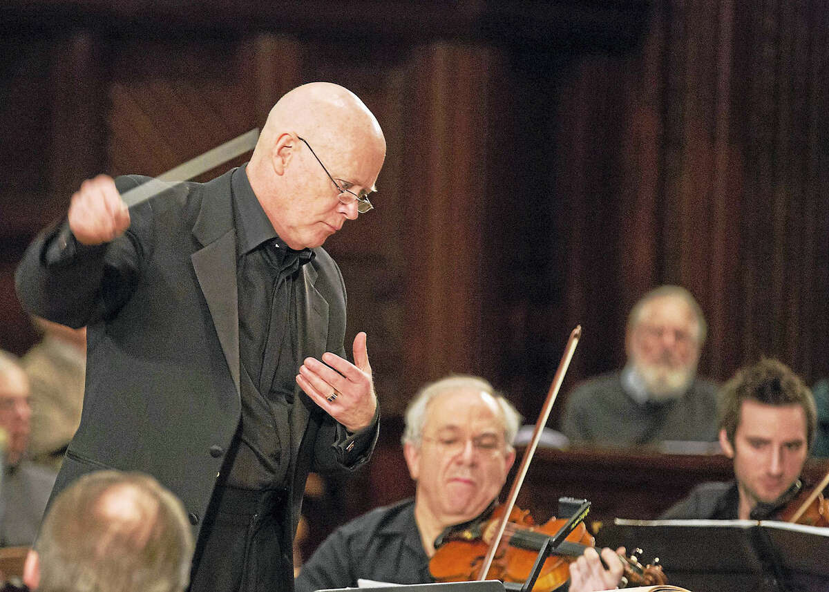 Maestro James Sinclair leads Orchestra New England.