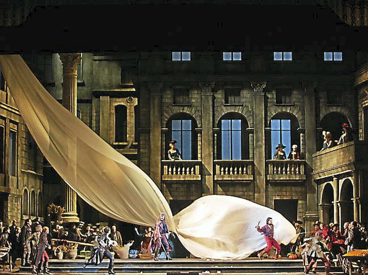 A scene from Romeo et Juliette at the Metropolitan Opera.
