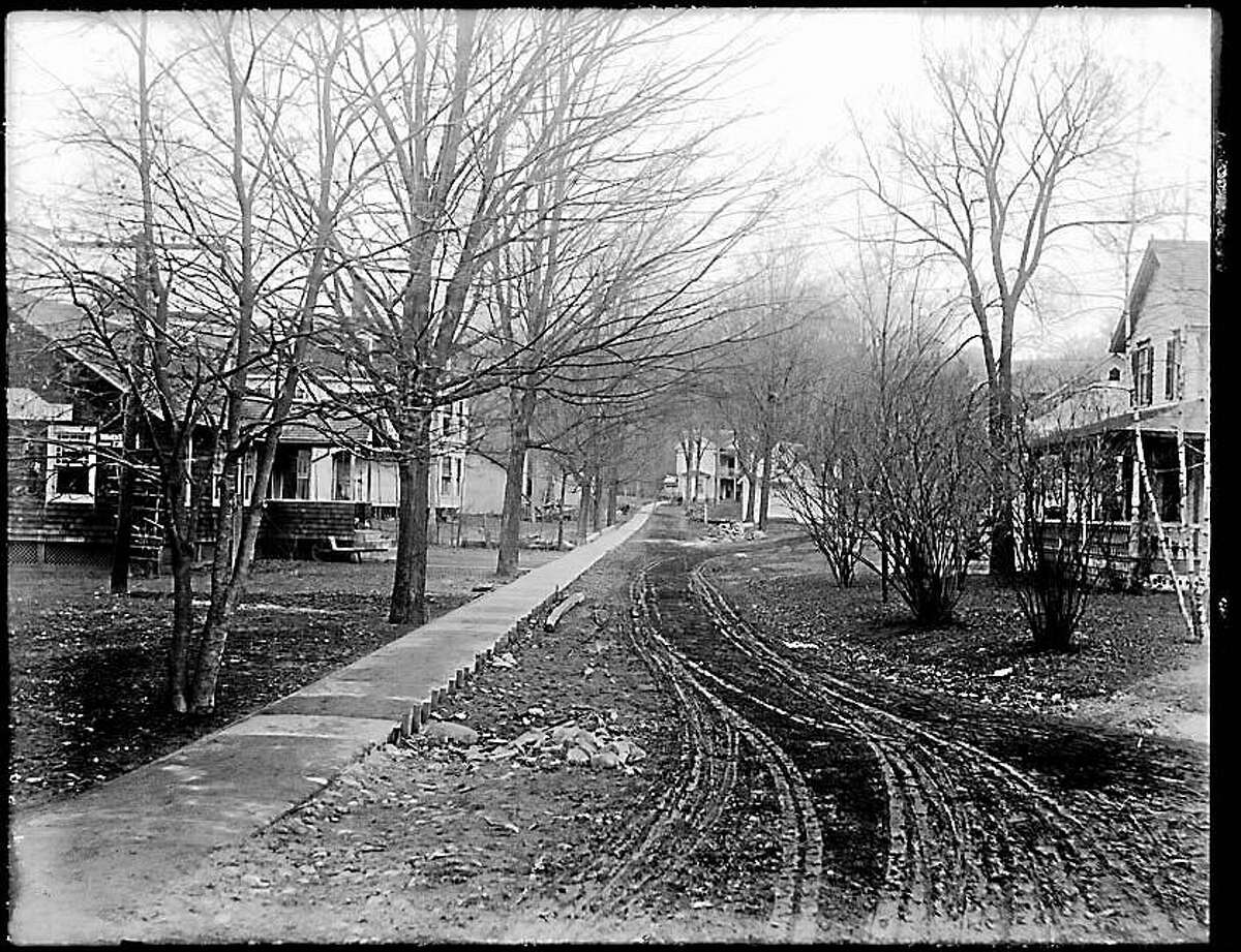 Contributed photo Titus Road in Washington Depot circa 1910, from the collection of the Gunn Historical Museum.