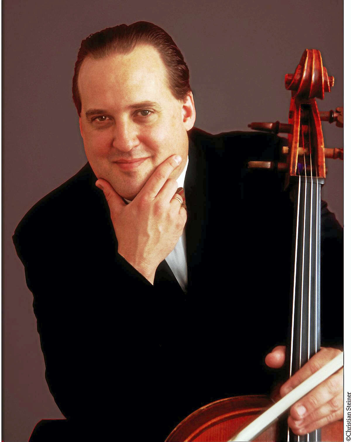 Cellist Ronald Thomas, who directs the CHC series.