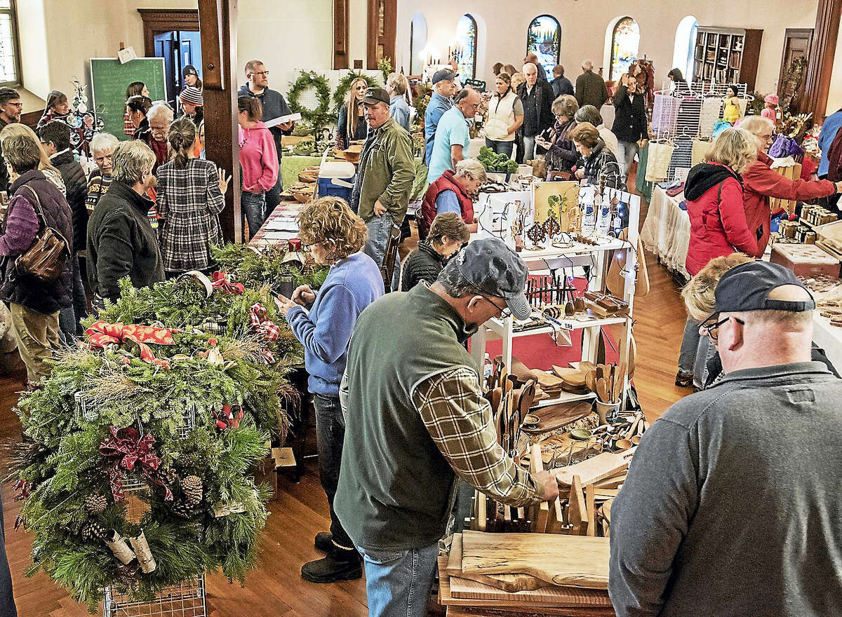 An old fashioned celebration with your favorite farmers and artisans. Fabulous foods and unique gifts! Books and CD's by local authors and musicians at Barnadette's Bookstore! Have lunch at Barnadette's Bistro catered by The Colebrook Store! Live music and carols! December 3, 2016 10 a.m. until 2 p.m. (an extra hour). A complete list of vendors and bad weather cancellations will be posted on our website and on the market Facebook page. Battell Chapel at the Church of Christ Congregational, 12 Litchfield Road, Route 272, Norfolk, Conn. Free Parking www.norfolkfarmersmarket.org