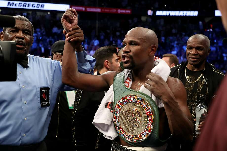 Forbes' top 10 highest-paid athletes of 2017 1. Floyd Mayweather ($285 million) Photo: Christian Petersen, Getty Images