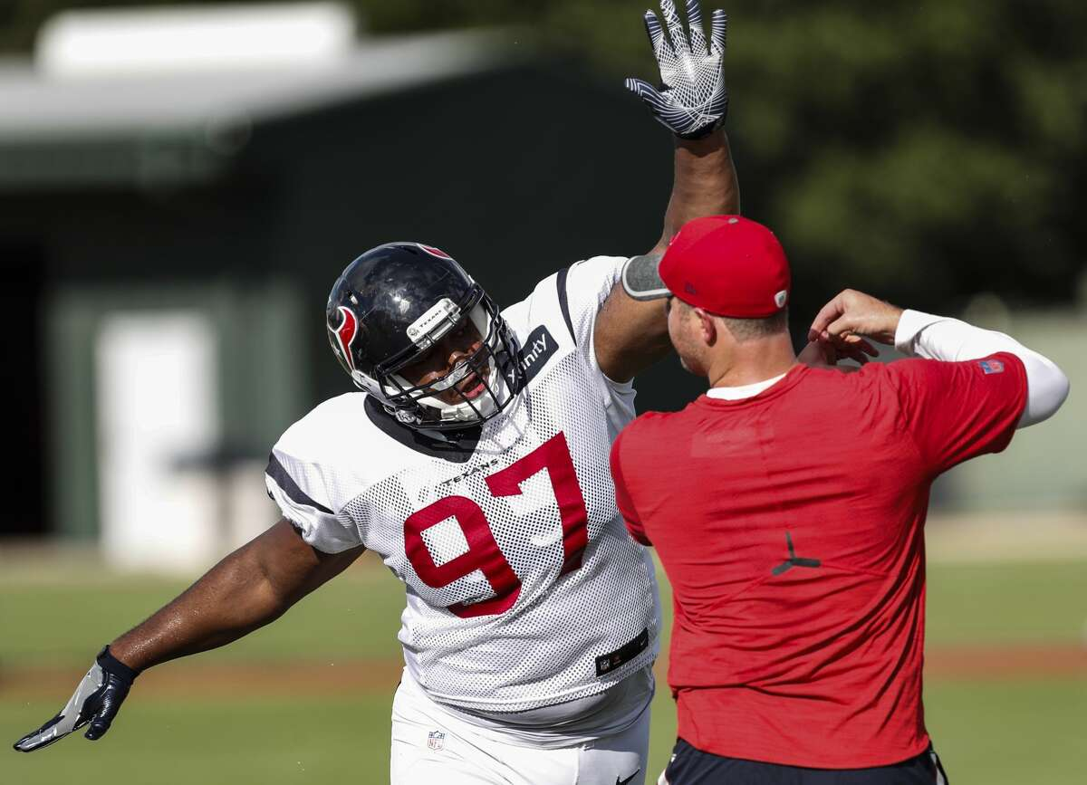 3.Texans defensive lineman Rickey Hatley For the second consecutive game,Hatley made some impactful plays. Hatley recorded one sack and forced a fumble.