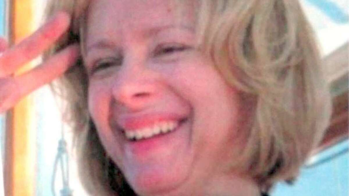 Undated photo provided by a family member to ABC News reportedly shows Nancy Lanza, mother of gunman Adam Lanza in the Sandy Hook Elementary School shooting in Connecticut. REUTERS/Courtesy Family of Nancy Lanza/ABC News/Handout (UNITED STATES - Tags: CRIME LAW EDUCATION) FOR EDITORIAL USE ONLY. NOT FOR SALE FOR MARKETING OR ADVERTISING CAMPAIGNS. THIS IMAGE HAS BEEN SUPPLIED BY A THIRD PARTY. IT IS DISTRIBUTED, EXACTLY AS RECEIVED BY REUTERS, AS A SERVICE TO CLIENTS. NO ARCHIVES. NO SALES