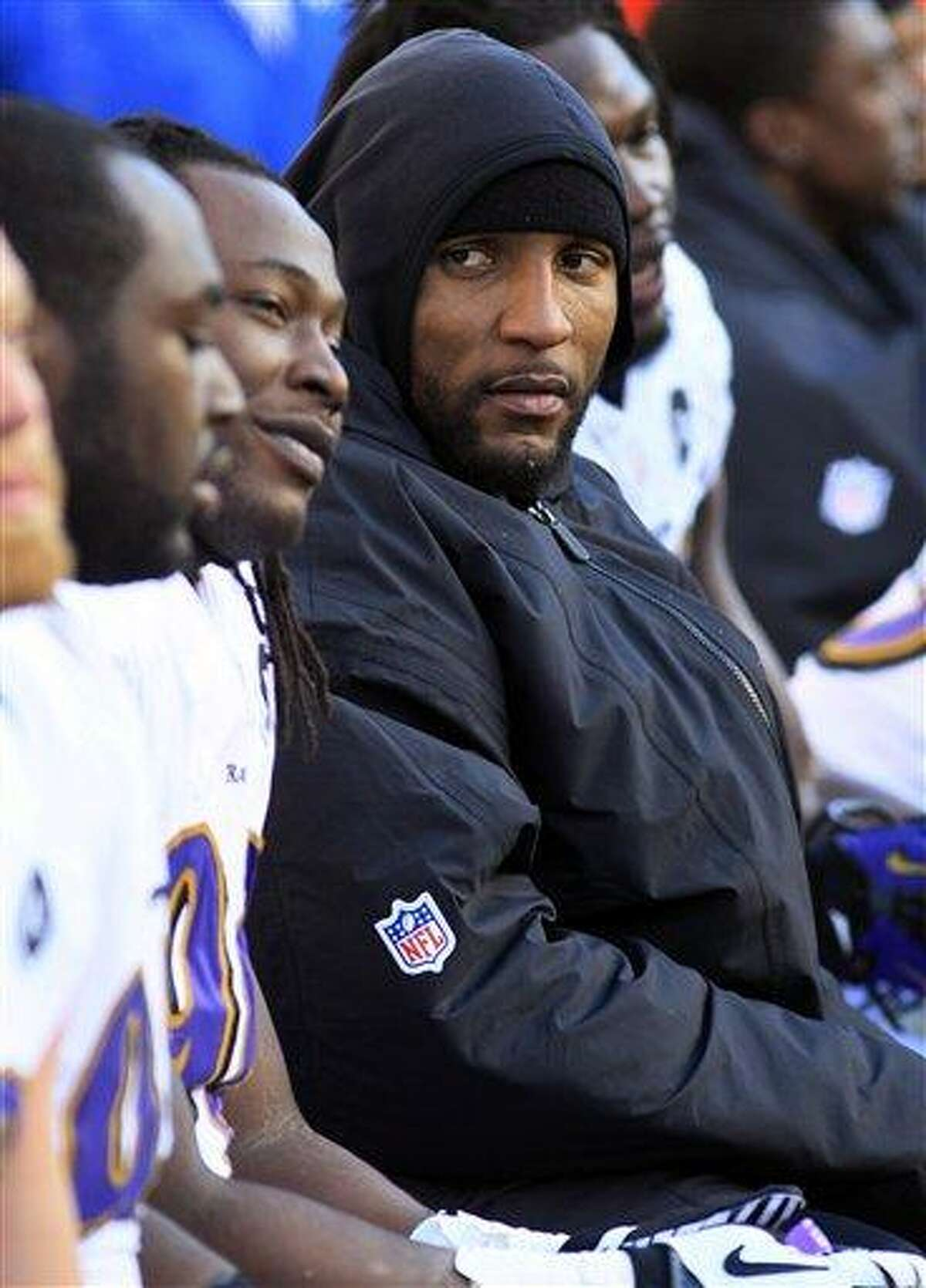 Baltimore Ravens inside linebacker Ray Lewis sits on the bench in the second half of an NFL football game against the Cincinnati Bengals, Sunday, Dec. 30, 2012, in Cincinnati. (AP Photo/Tom Uhlman)
