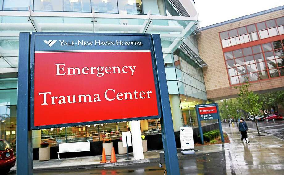 The Emergency Trauma Entrance at Yale-New Haven Hospital in New Haven photographed Thursday. Photo: Arnold Gold — New Haven Register