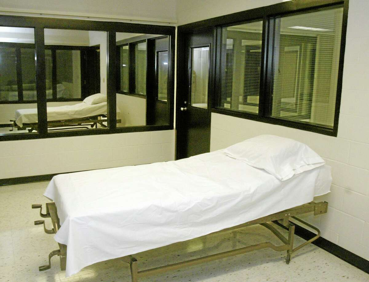 File - In this April 12, 2005 file photo is the death chamber at the Missouri Correctional Center in Bonne Terre, Mo. Missouri's attorney general said Thursday, May 29, 2014 the state should establish its own laboratory to produce chemicals for use in executions, rather than rely on an