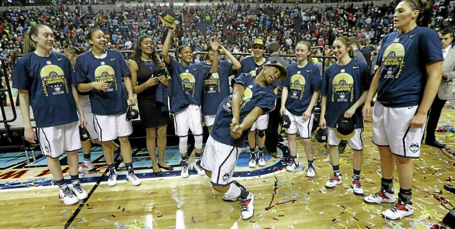 UConn celebrates its 79-58 win over Notre Dame in the national championship game on Tuesday night in Nashville, Tenn. Photo: Mark Humphrey — The Associated Press  / AP