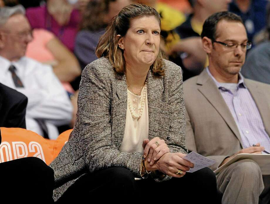 Coach Anne Donovan and the Connecticut Sun lost 79-65 to the Indiana Fever on Thursday night. Photo: Jessica Hill — The Associated Press  / FR125654 AP