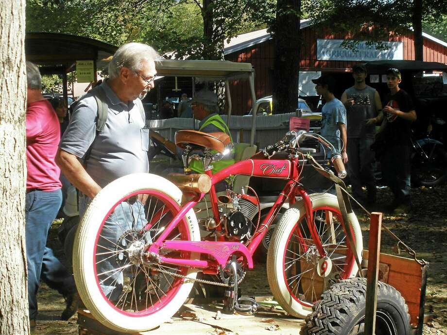 Stephen Underwood - Special to The Register Citizen The 30th annual Connecticut Antique Machinery Associationís Fall Fair was held Saturday in Kent. Photo: Journal Register Co.