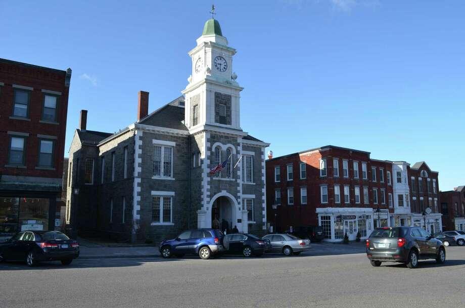 Litchfield Judicial District court