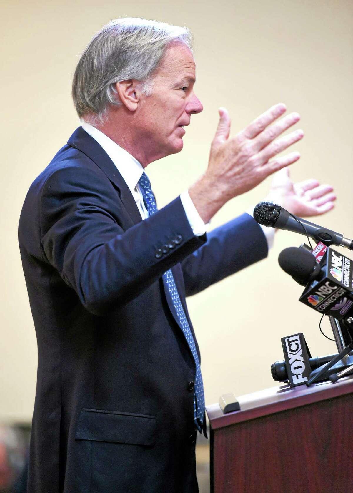 (Arnold Gold-New Haven Register) Connecticut gubernatorial candidate Tom Foley speaks at a Transportation Forum in North Haven on Monday.