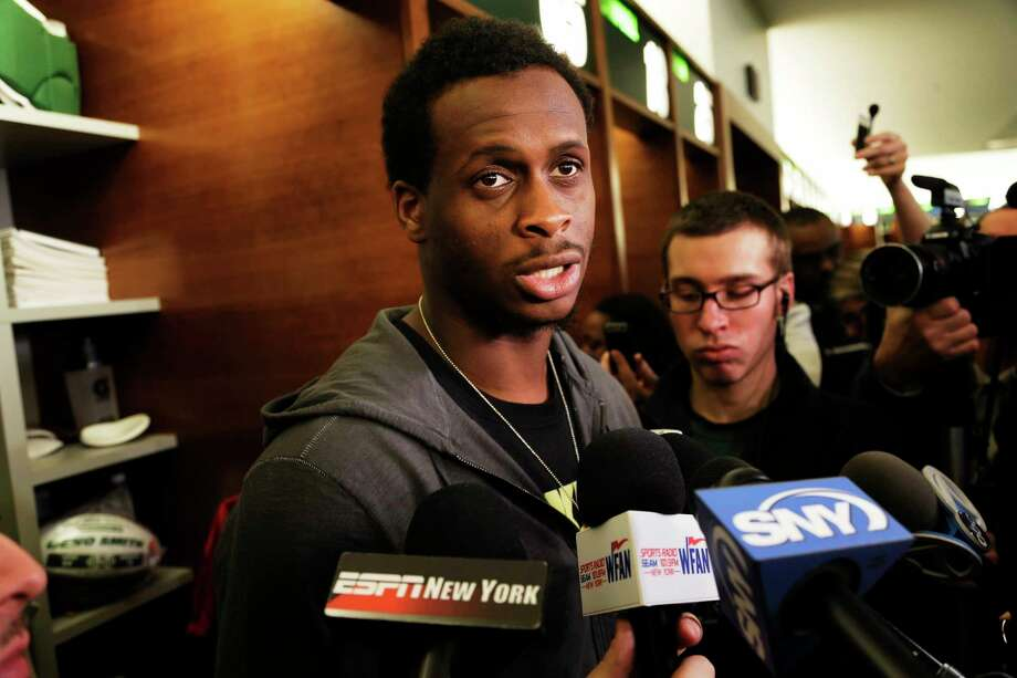 New York Jets quarterback Geno Smith received an apology from Virgin America airline on Thursday. Photo: Seth Wenig — The Associated Press  / AP2013