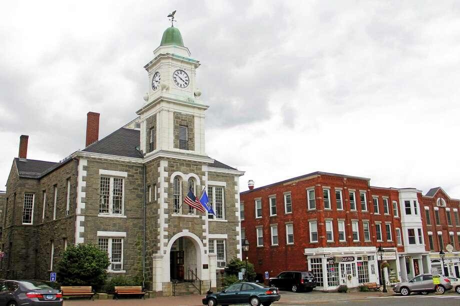 The Litchfield Judicial District Courthouse as seen Sept. 8. Photo: Esteban L. Hernandez — The Register Citizen