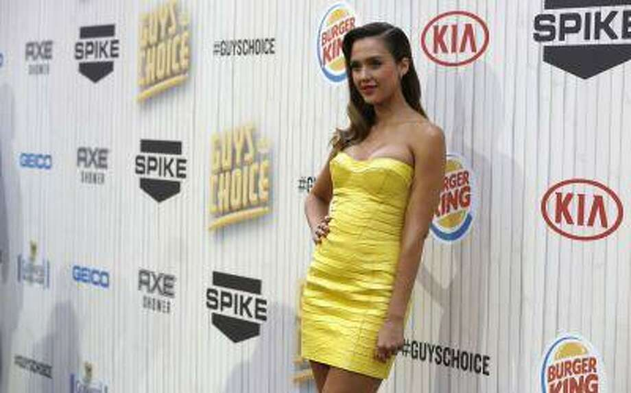 "Actress Jessica Alba poses as she arrives at the seventh annual Spike TV's ""Guys Choice"" awards in Culver City, Calif. June 8, 2013. (REUTERS/Mario Anzuoni) Photo: REUTERS / X90045"
