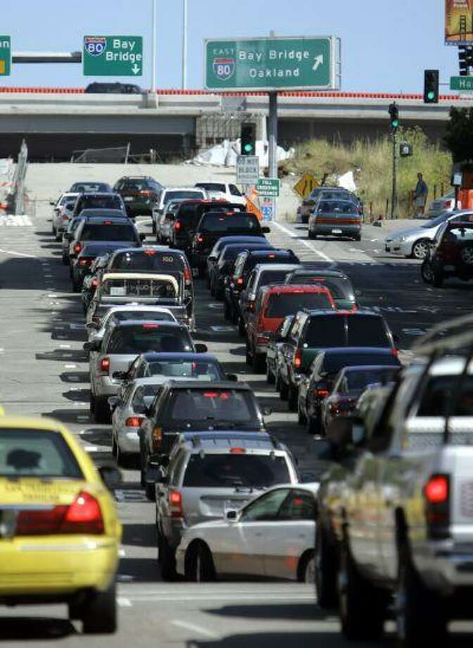Traffic backs up trying to get onto the Bay Bridge before the Fourth of July weekend in San Francisco, in a file photo from Friday July 1, 2005. Photo: AP / AP