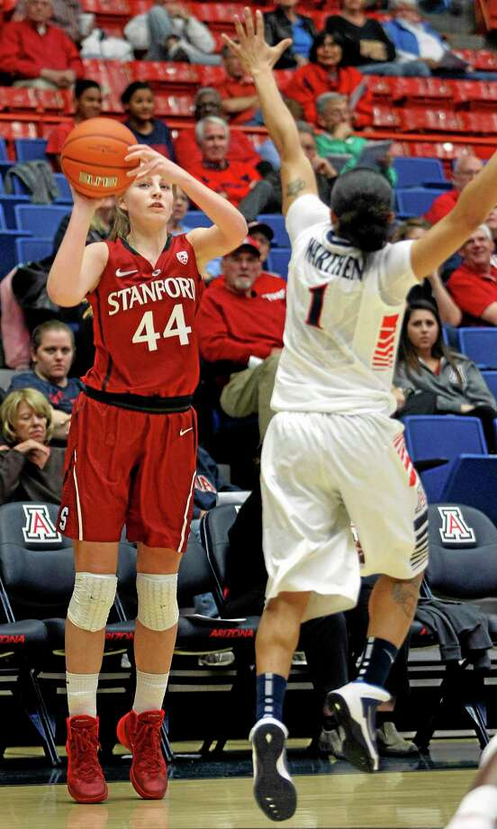High school junior Katie Lou Samuelson, younger sister of Stanford's Karlie Samuelson (44), has listed UConn as one of her seven finalists. Photo: John Miller — The Associated Press  / FR20932 AP