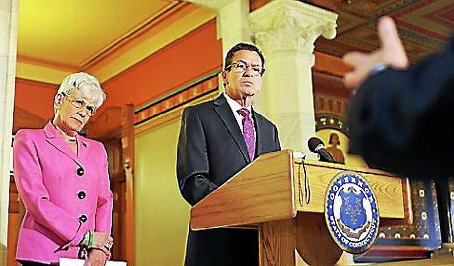 Gov. Dannel P. Malloy and Lt. Gov. Nancy Wyman hold a press conference. Photo: Christine Stuart — CT News Junkie