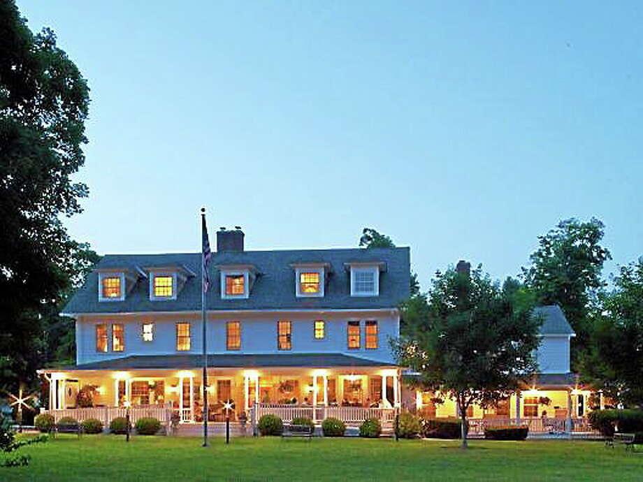 Salisbury's White Hart Inn Photo: Contributed Photo