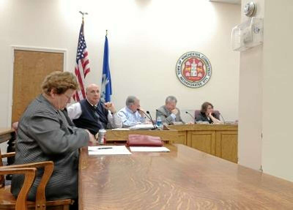 JASON SIEDZIK/Register Citizen Interim Finance Director Jane Wall discusses Winsted's state of its finances during a meeting Monday night.