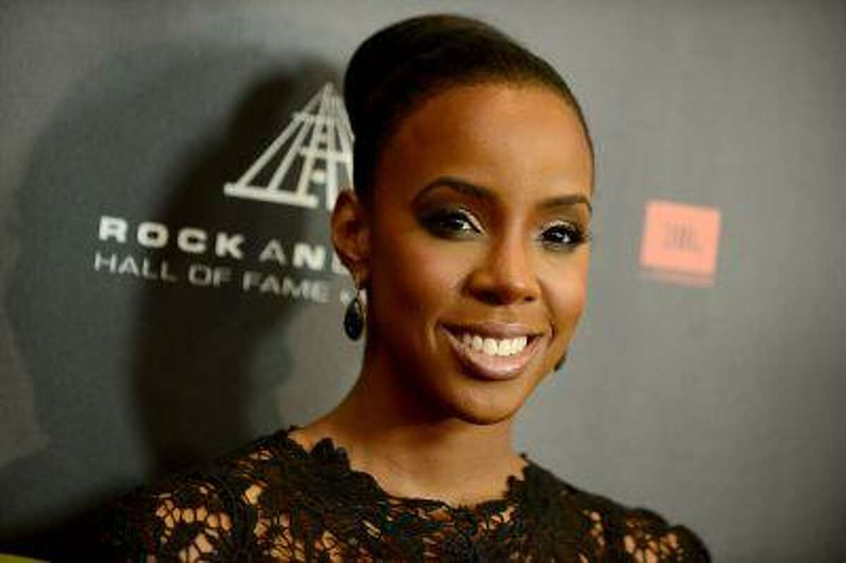 Kelly Rowland attends the Rock and Roll Hall of Fame Induction Ceremony at the Nokia Theatre on Thursday, April 18, 2013 in Los Angeles. (Photo by Jordan Strauss/Invision)