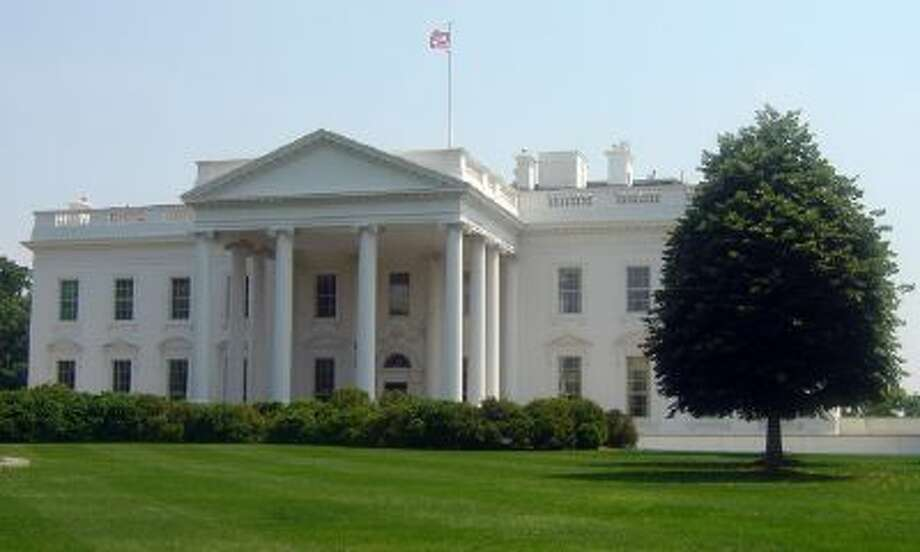 The White House is seen during the heat wave that hit Washington, DC, on May 26, 2011.