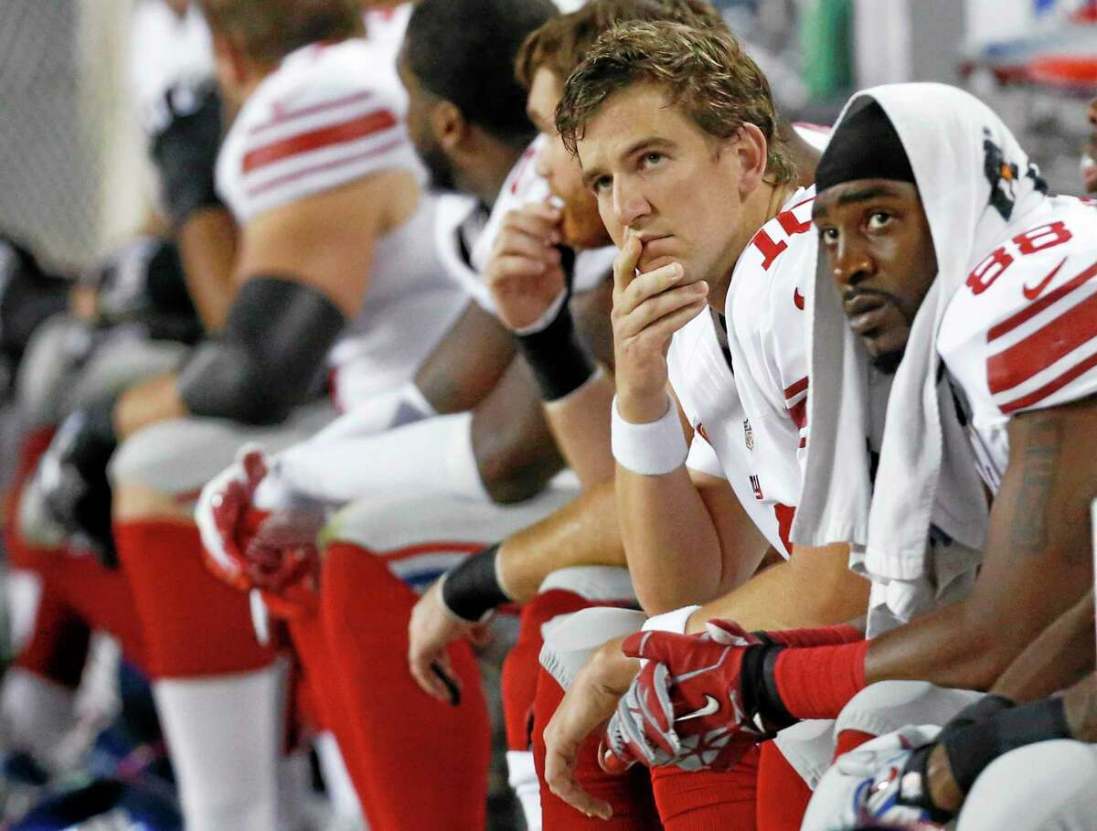 Quarterback Eli Manning and the Giants will look for their first win of the season against one-win Minnesota on Monday night.