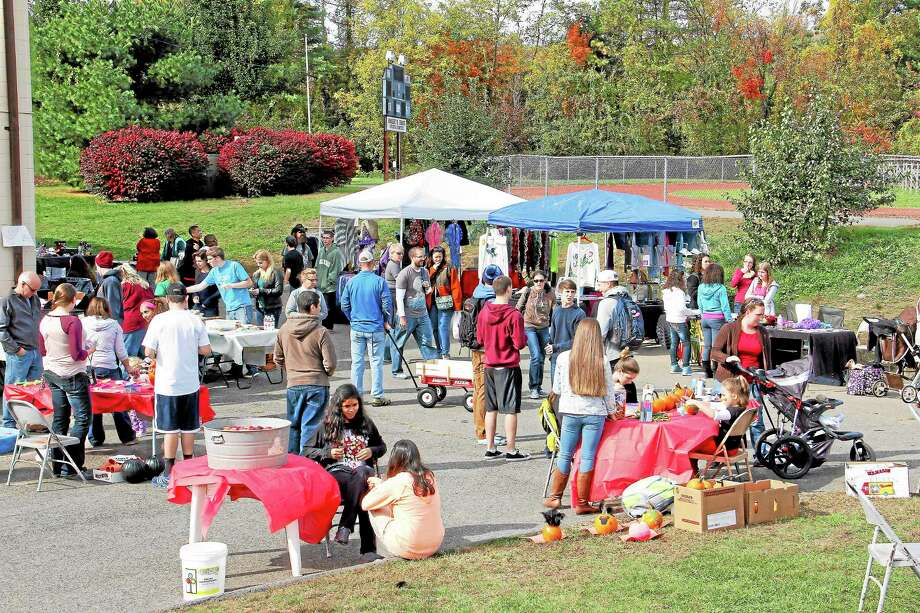 T-Fest, a homecoming fall festival at Torrington High School. on Saturday, Oct. 19. More than 200 people were in attendance for the festival, which was organized by students and featured games and food. Photo: Esteban L. Hernandez—Register Citizen