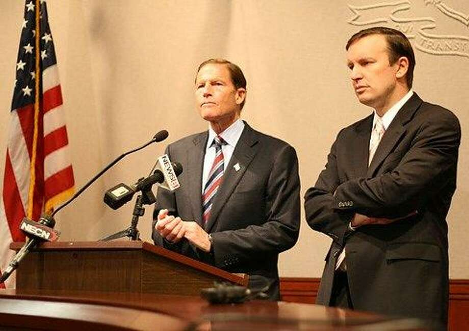 U.S. Sens. Richard Blumenthal and Chris Murphy (Christine Stuart photo)