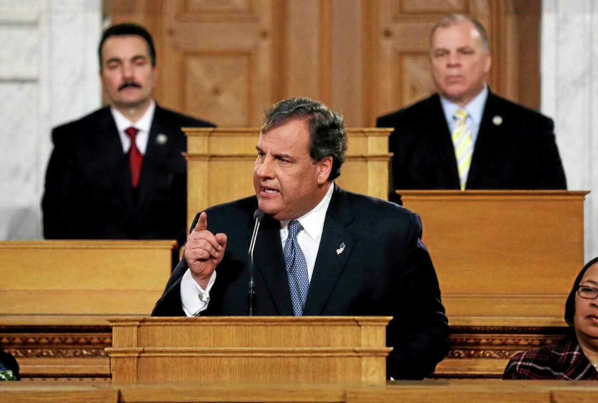 As New Jersey Senate president Stephen M. Sweeney, right, D- West Deptford, N.J., and Assembly Speaker Vincent Prieto, left, D-Secaucus, N.J., listen as Gov. Chris Christie emphasizes a point while delivering his State of the State address Tuesday, Jan. 14, 2014, at the Statehouse in Trenton, N.J. (AP Photo/Mel Evans)