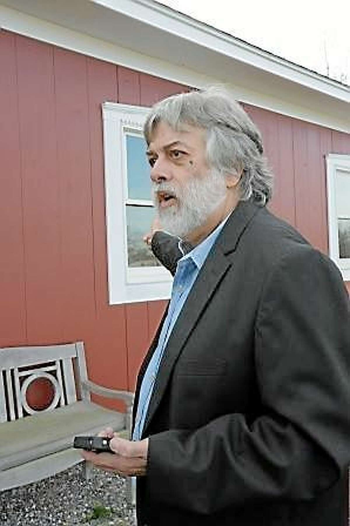 Laurie Gaboardi ¬ Frederick Acker at the Bethlehem barn following the confiscation of his dogs.