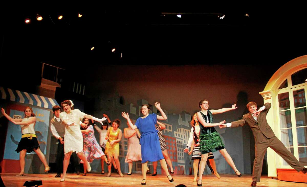 """The cast of """"Thoroughly Modern Millie""""."""