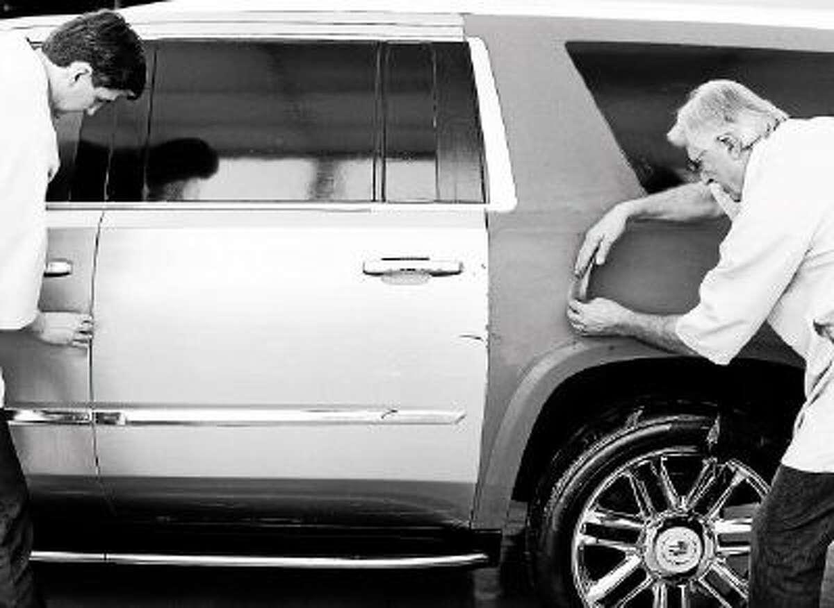 Cadillac Escalade creative sculpting.